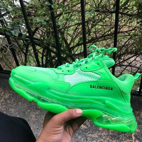 Balenciaga Green Triple S Sneakers | Leder und Schuhe